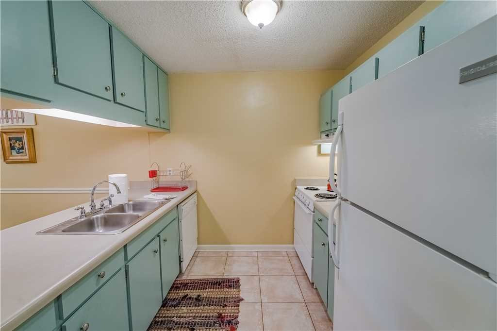 Photo of a Panama City Beach Condo named Tarpon 6 - This is the tenth photo in the set.