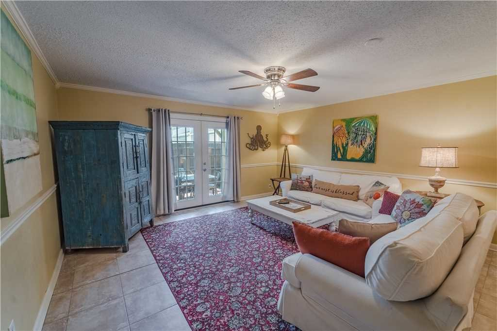 Photo of a Panama City Beach Condo named Tarpon 6 - This is the fourth photo in the set.