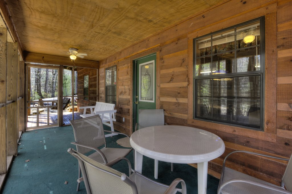 Photo of a Sevierville Cabin named Always Delightful #411 - This is the thirty-sixth photo in the set.