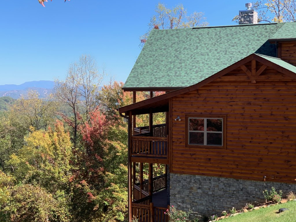 Photo of a Sevierville Cabin named Majestic View Lodge #426 - This is the sixth photo in the set.