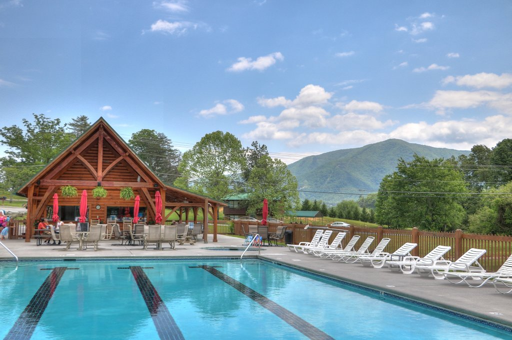 Photo of a Sevierville Cabin named Majestic View Lodge #426 - This is the forty-second photo in the set.