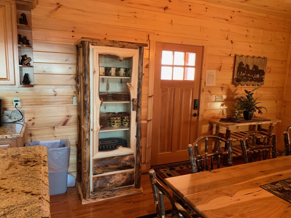 Photo of a Sevierville Cabin named Majestic View Lodge #426 - This is the thirty-fifth photo in the set.