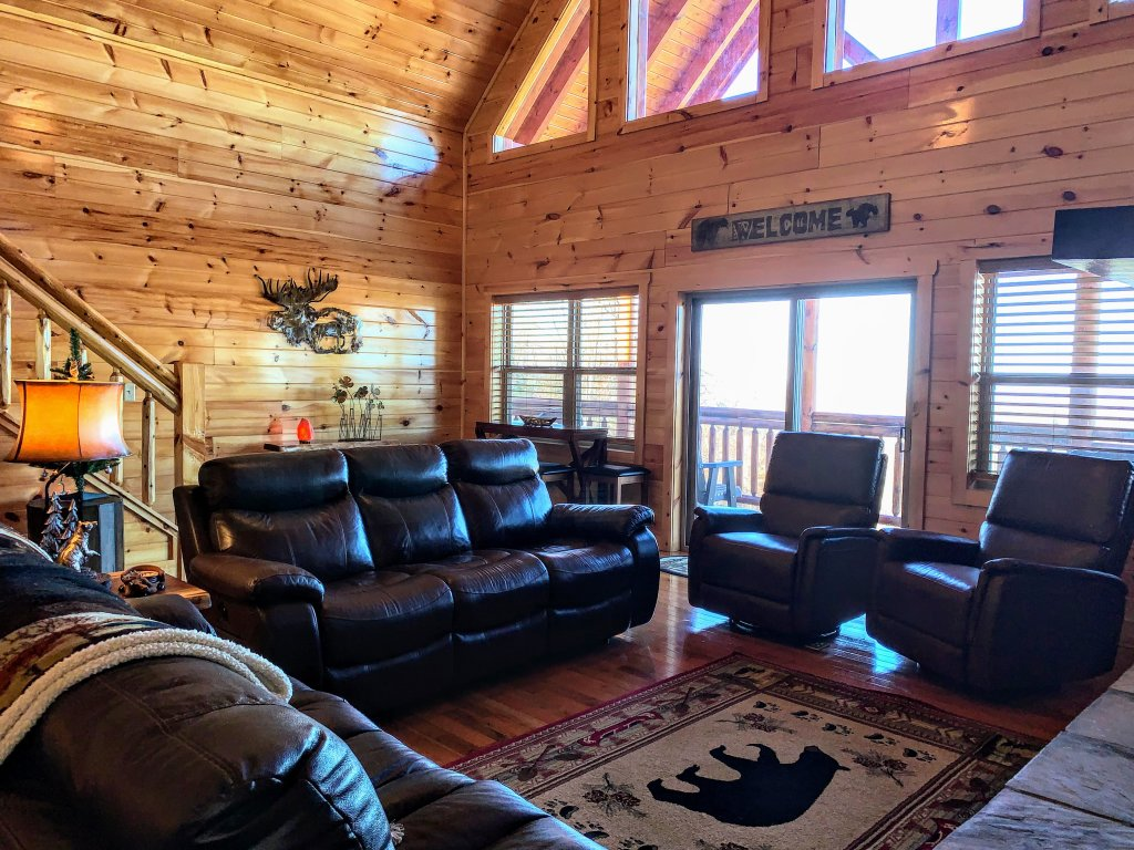 Photo of a Sevierville Cabin named Majestic View Lodge #426 - This is the forty-fifth photo in the set.