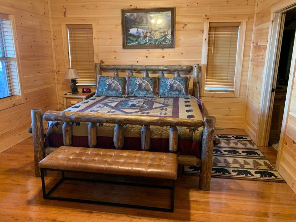 Photo of a Sevierville Cabin named Majestic View Lodge #426 - This is the twenty-seventh photo in the set.