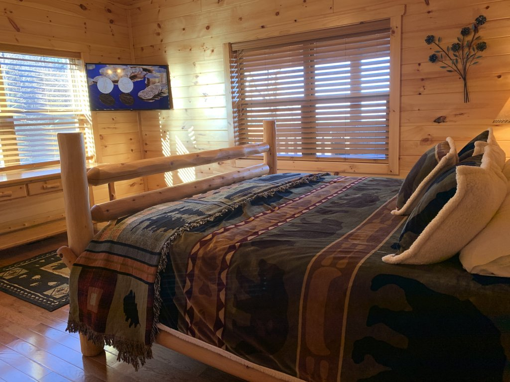 Photo of a Sevierville Cabin named Majestic View Lodge #426 - This is the forty-first photo in the set.