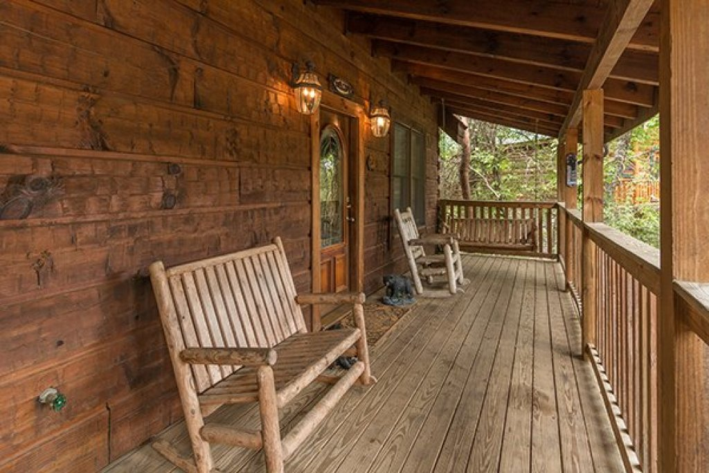 Photo of a Pigeon Forge Cabin named Amazing Journey - This is the thirteenth photo in the set.