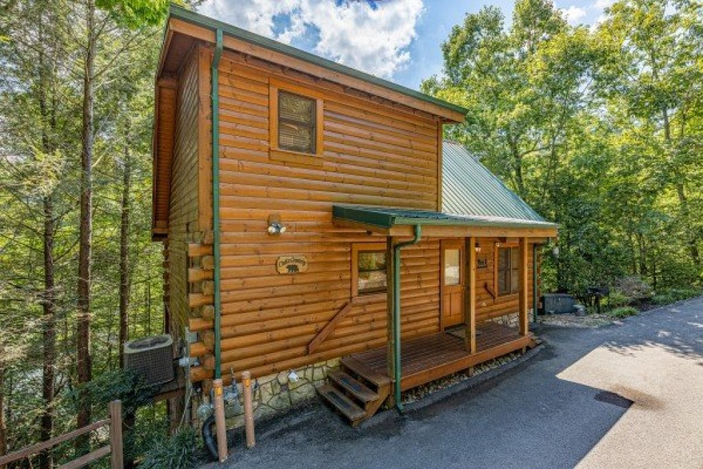 Photo of a Gatlinburg Cabin named Cub's Crossing - This is the twenty-third photo in the set.