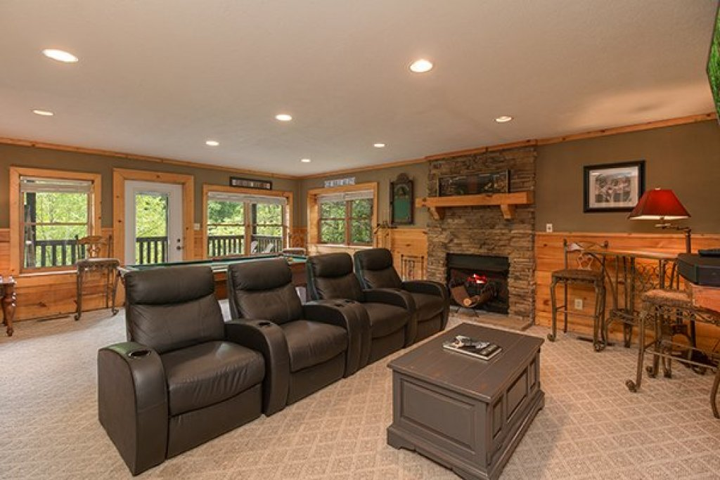Photo of a Pigeon Forge Cabin named Amazing Journey - This is the twenty-fourth photo in the set.