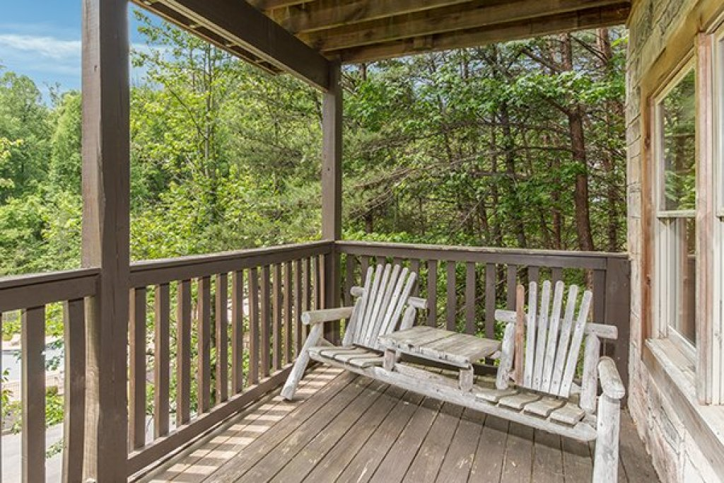 Photo of a Pigeon Forge Cabin named Amazing Journey - This is the thirty-first photo in the set.