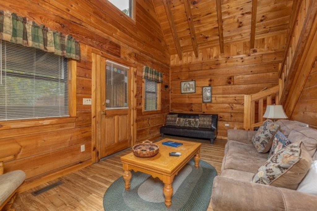 Photo of a Gatlinburg Cabin named Honeymoon In Gatlinburg - This is the fourth photo in the set.