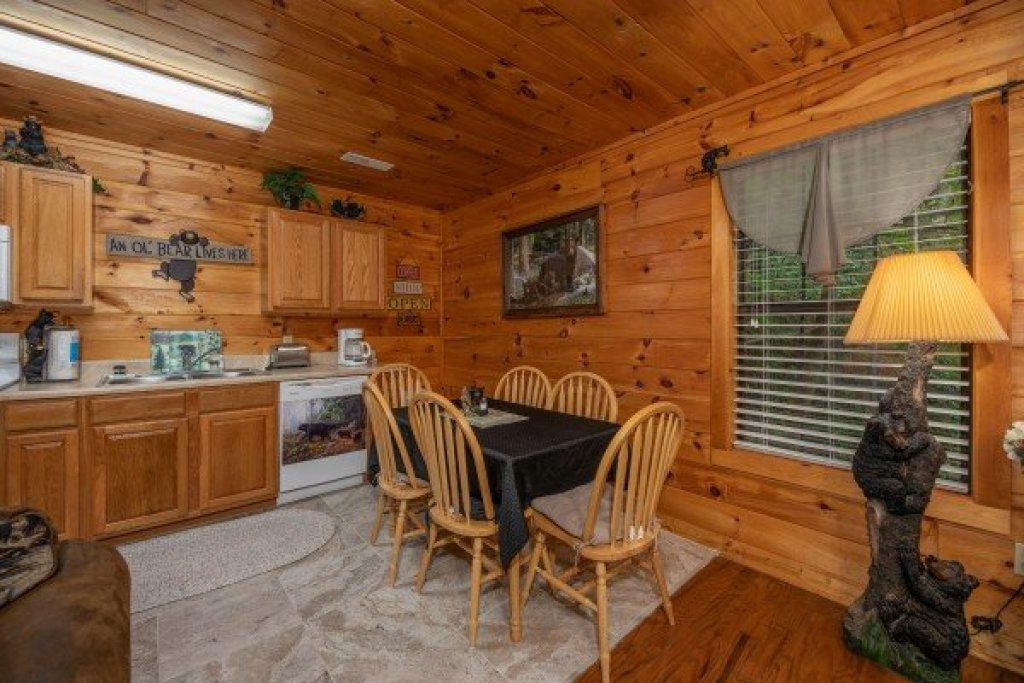 Photo of a Sevierville Cabin named Hidden Pines - This is the eleventh photo in the set.