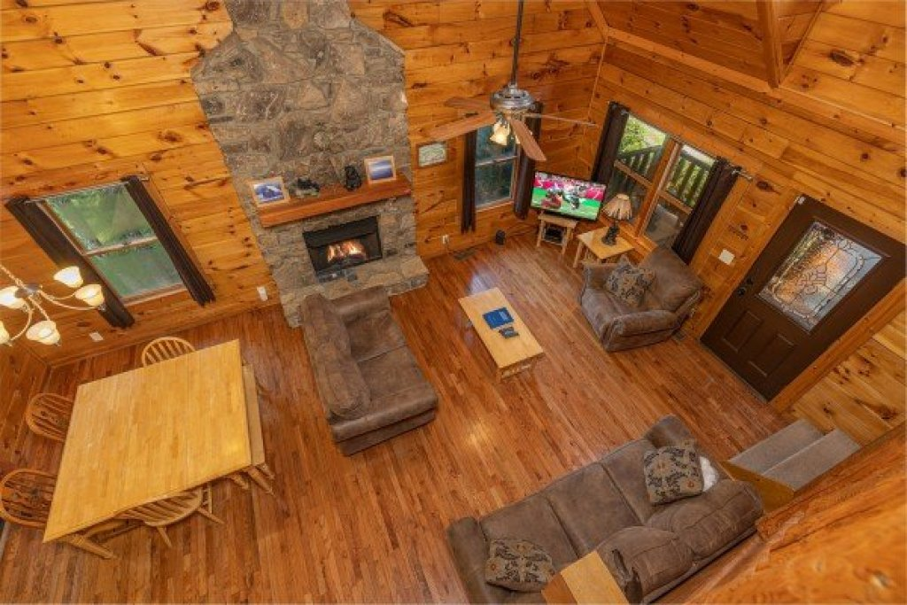 Photo of a Pigeon Forge Cabin named Family Getaway - This is the twelfth photo in the set.