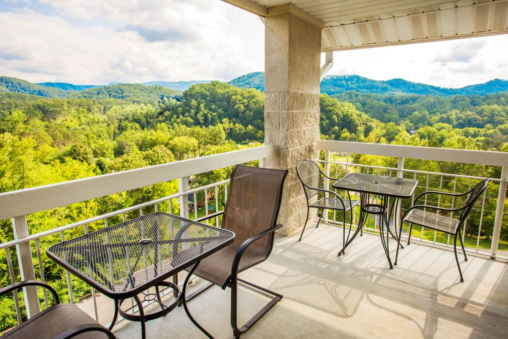 Photo of a Pigeon Forge Condo named Whispering Pines 451 - This is the fifteenth photo in the set.