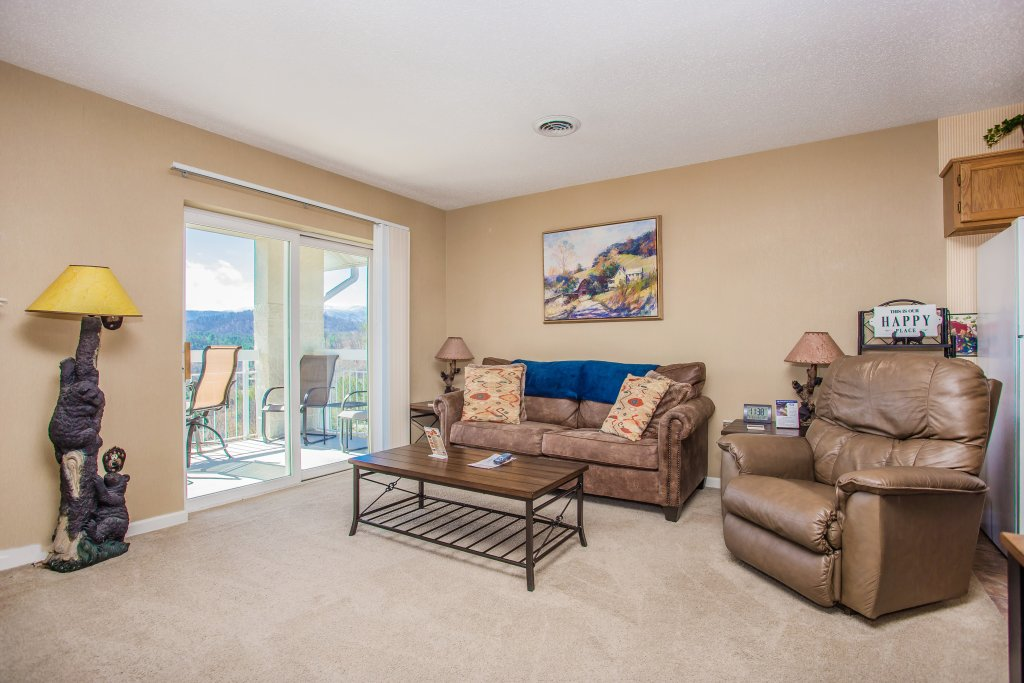 Photo of a Pigeon Forge Condo named Whispering Pines 451 - This is the third photo in the set.