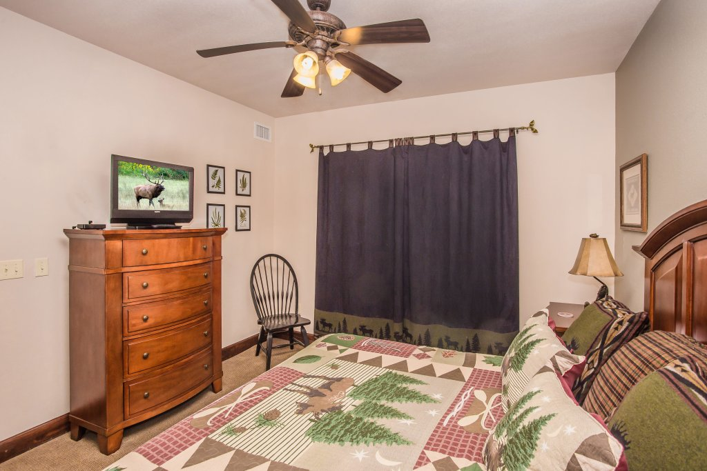Photo of a Pigeon Forge Condo named Big Bear Resort 3002 - This is the sixteenth photo in the set.