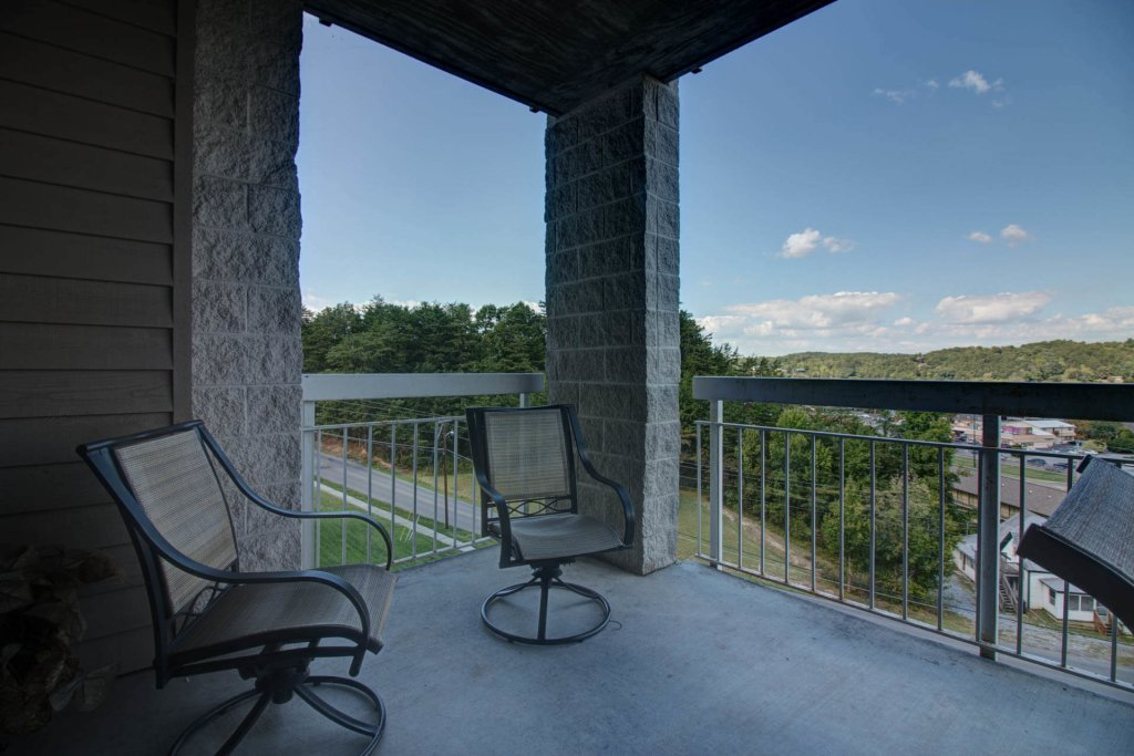 Photo of a Pigeon Forge Condo named Whispering Pines 214 - This is the eighteenth photo in the set.