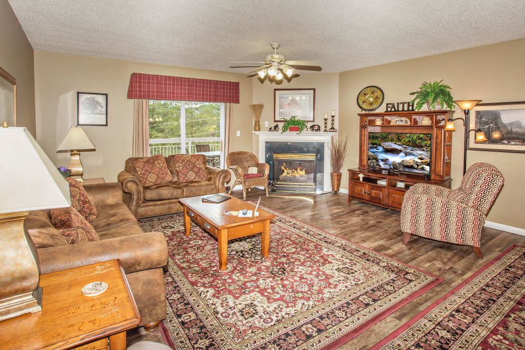 Photo of a Pigeon Forge Condo named Whispering Pines 624 - This is the first photo in the set.