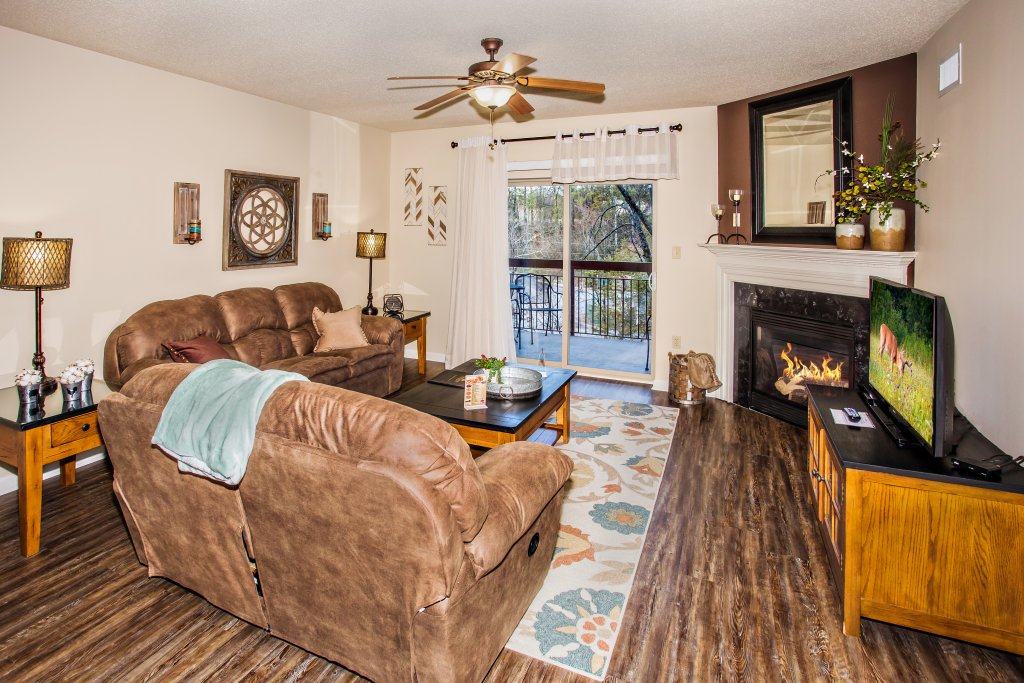 Photo of a Pigeon Forge Condo named Cedar Lodge 303 - This is the second photo in the set.