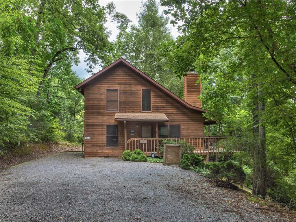 Photo of a Gatlinburg Cabin named Between Here & There - This is the twentieth photo in the set.