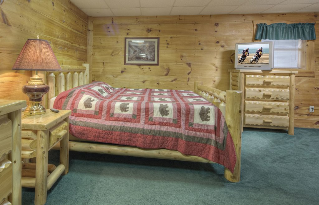 Photo of a Pigeon Forge Cabin named  Country Delight - This is the eighth photo in the set.