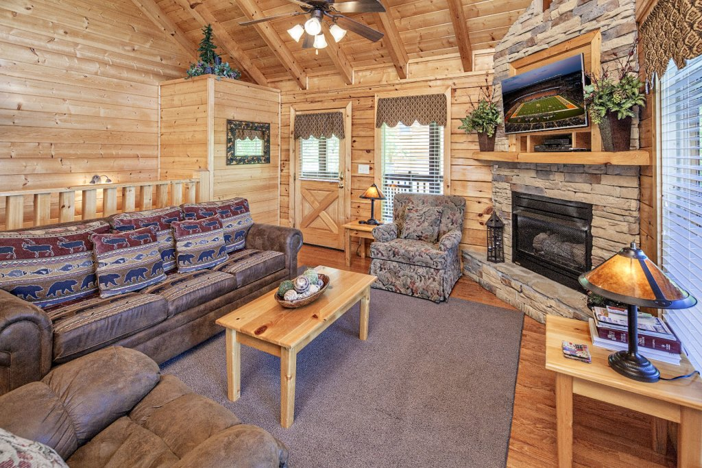 Photo of a Sevierville Cabin named  Absolute Paradise - This is the third photo in the set.