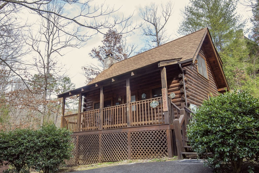 Photo of a Pigeon Forge Cabin named  Happy Haven - This is the first photo in the set.