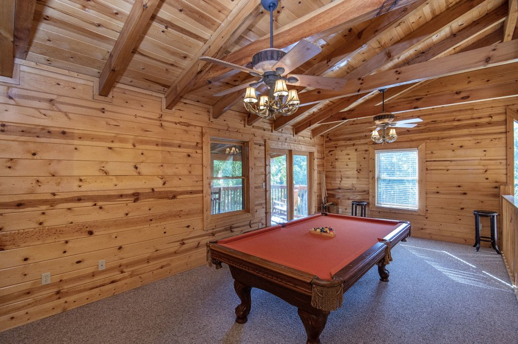 Photo of a Sevierville Cabin named The Wildlife Lodge Fka Wild Hog Inn - This is the seventeenth photo in the set.