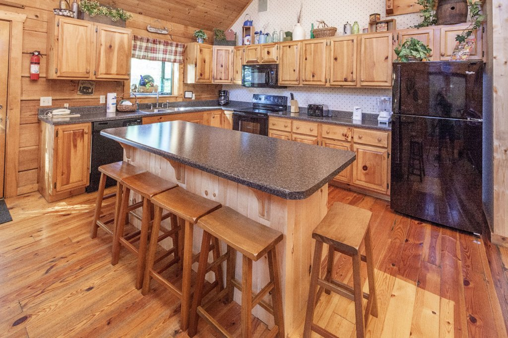 Photo of a Pigeon Forge Cabin named  Best Of Both Worlds - This is the tenth photo in the set.