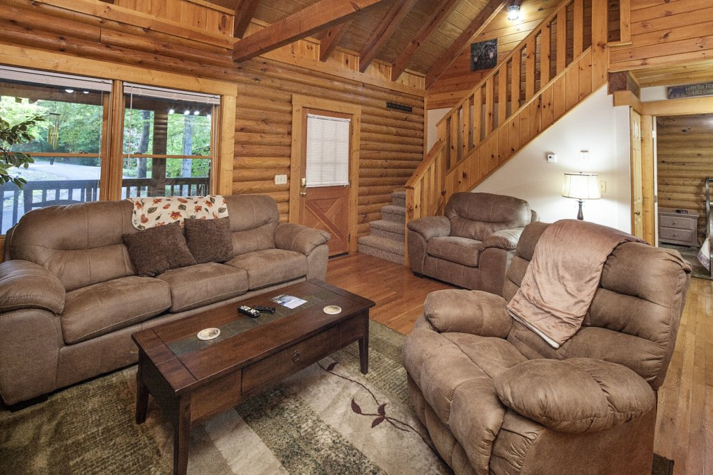 Photo of a Pigeon Forge Cabin named  Mountain Majesty - This is the fifth photo in the set.