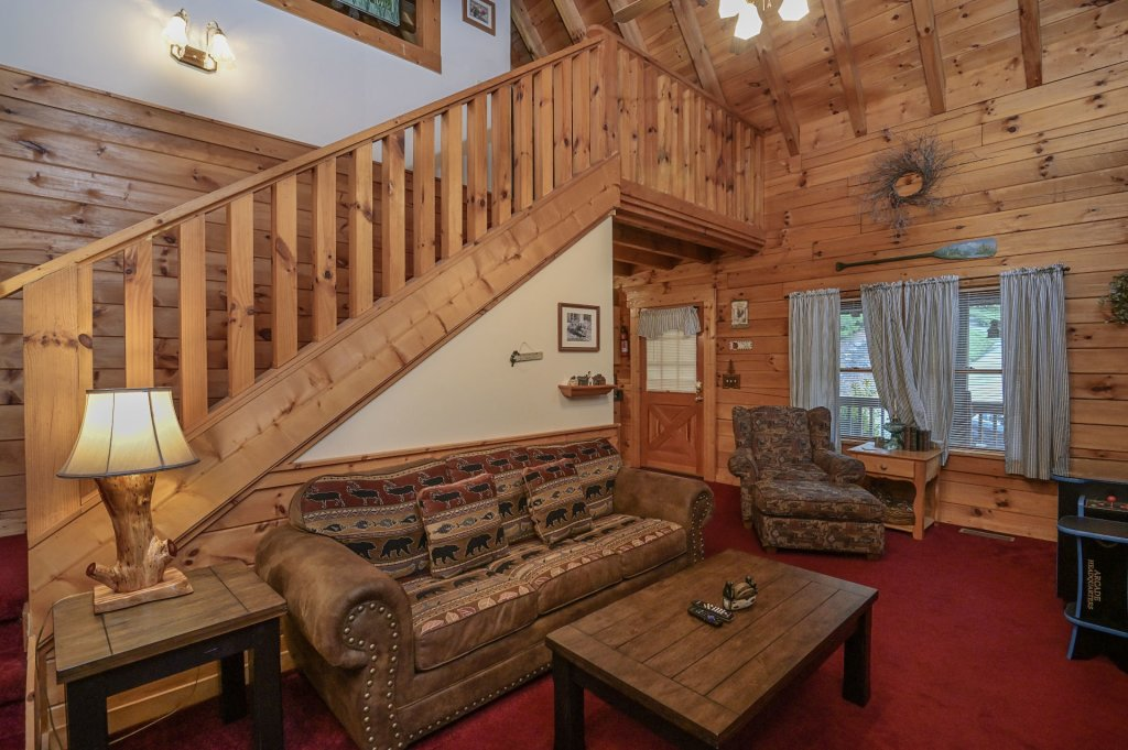 Photo of a Pigeon Forge Cabin named  Legacy Lodge - This is the fourth photo in the set.