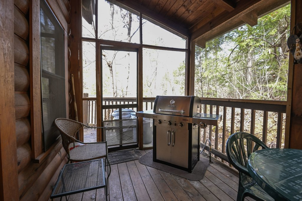 Photo of a Pigeon Forge Cabin named  Happy Haven - This is the twenty-first photo in the set.