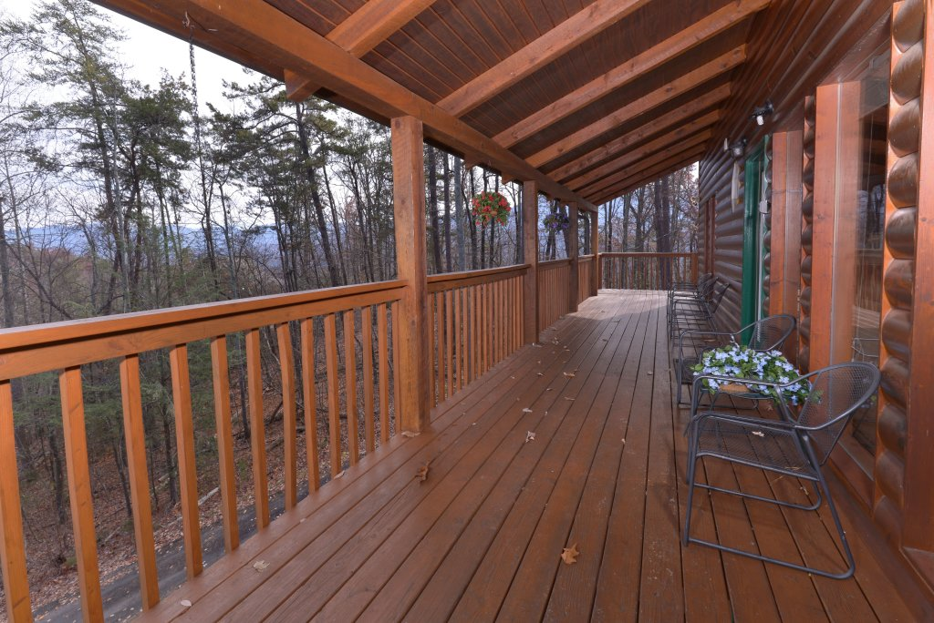 Photo of a Gatlinburg Cabin named Love & Laughs #11 - This is the third photo in the set.