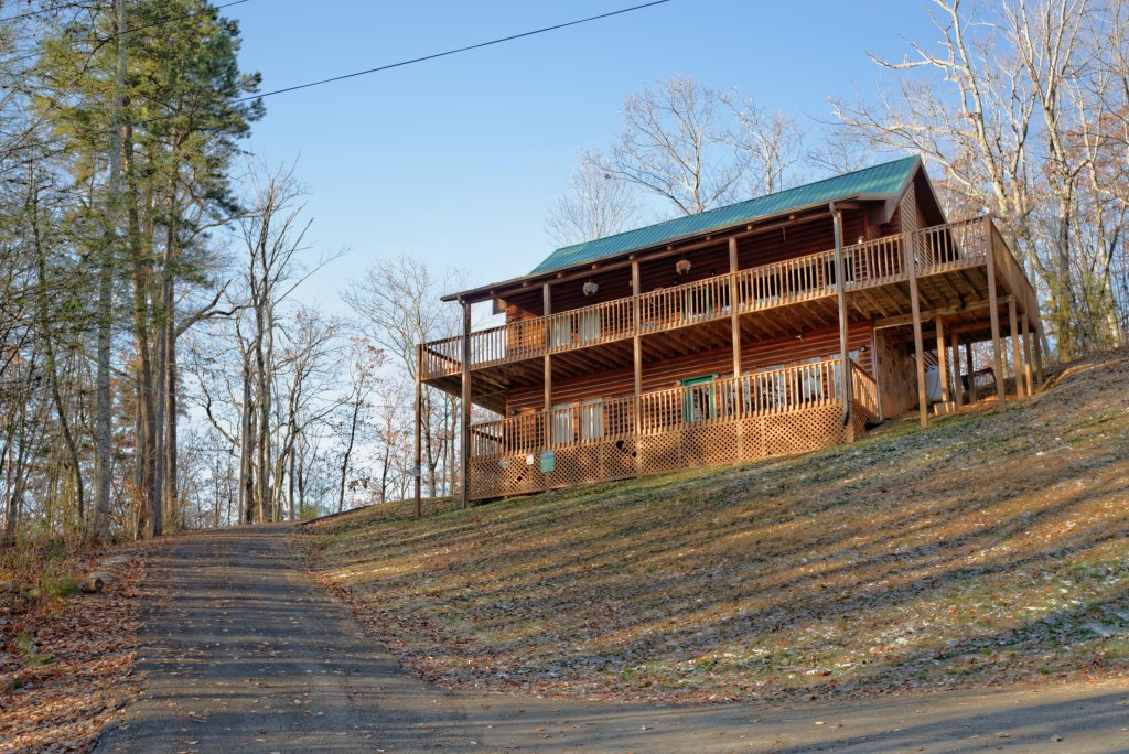 Photo of a Gatlinburg Cabin named Love & Laughs #11 - This is the seventh photo in the set.