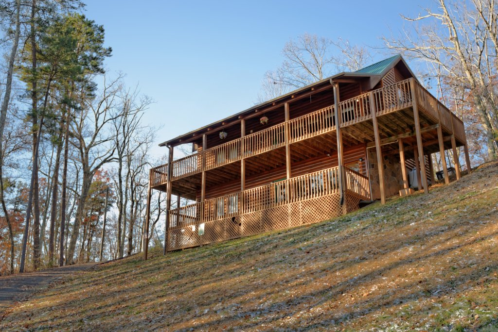 Photo of a Gatlinburg Cabin named Love & Laughs #11 - This is the sixth photo in the set.