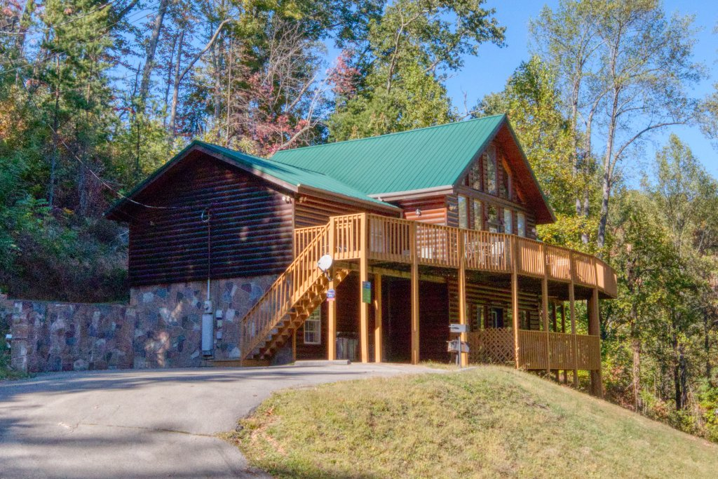 Photo of a Gatlinburg Cabin named Life Of Luxury #12 - This is the fourteenth photo in the set.