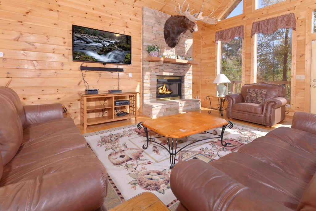 Photo of a Gatlinburg Cabin named Life Of Luxury #12 - This is the fifty-ninth photo in the set.