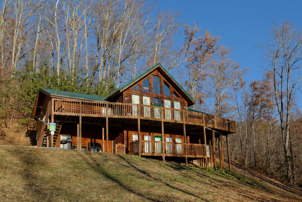 Photo of a Gatlinburg Cabin named Life Of Luxury #12 - This is the fifty-sixth photo in the set.