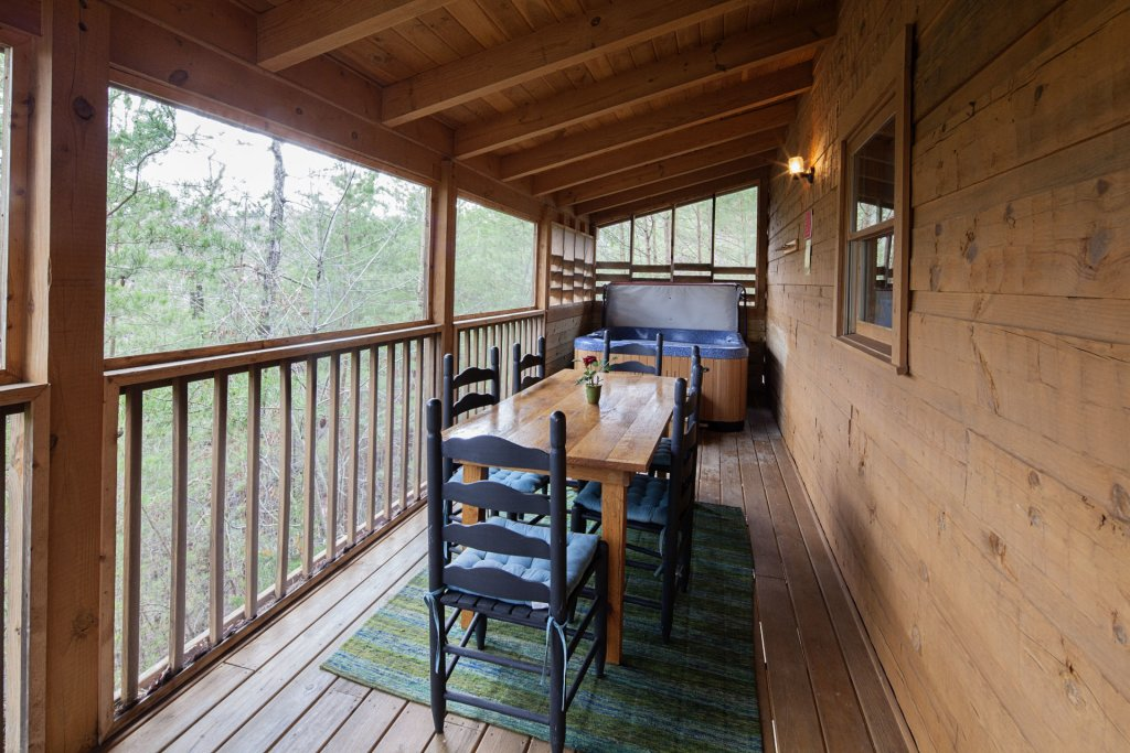 Photo of a Pigeon Forge Cabin named  Heaven's Delight - This is the twelfth photo in the set.