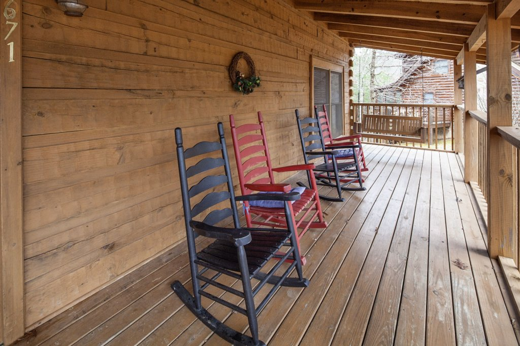 Photo of a Pigeon Forge Cabin named  Heaven's Delight - This is the tenth photo in the set.