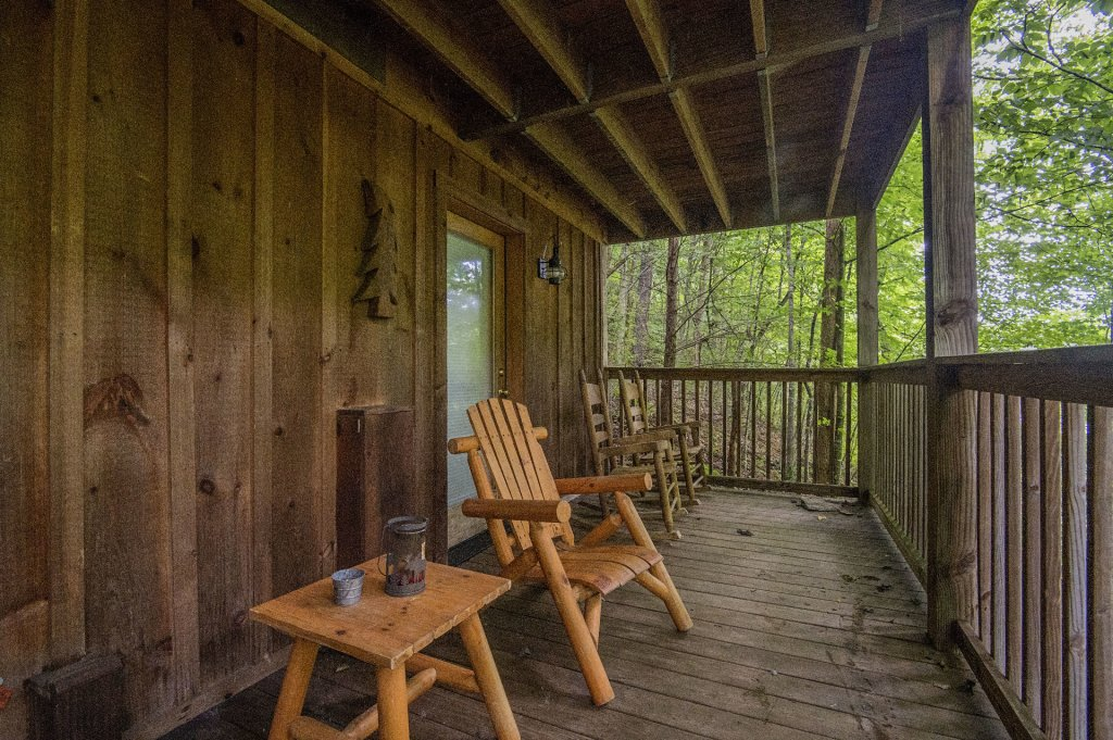 Photo of a Pigeon Forge Cabin named Mystic Mountain - This is the twenty-third photo in the set.