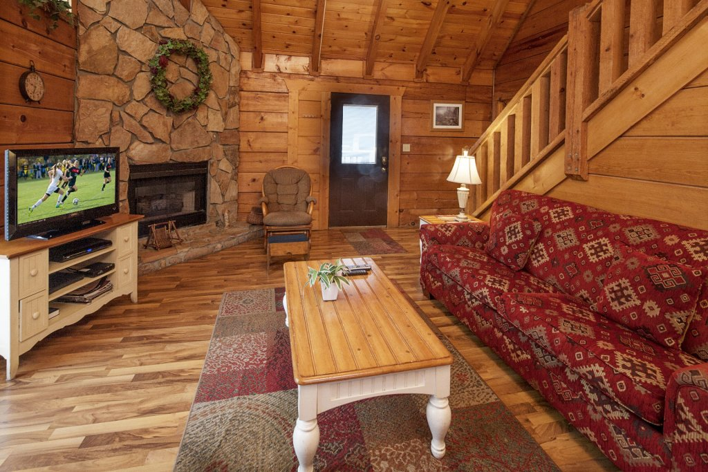 Photo of a Pigeon Forge Cabin named  The View - This is the third photo in the set.