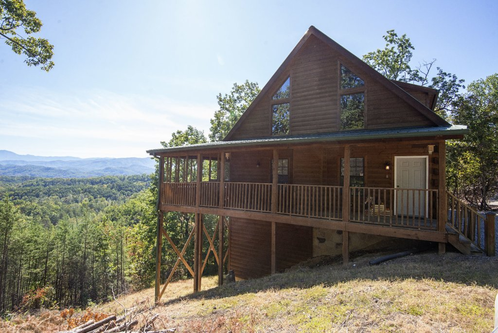 Photo of a Sevierville Cabin named Dunder Mountain Views Cabin Retreat - This is the fourteenth photo in the set.
