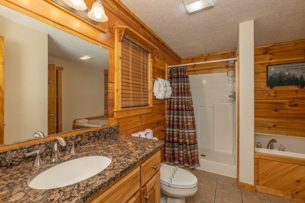 Photo of a Gatlinburg Cabin named Private Indulgences - This is the eighth photo in the set.