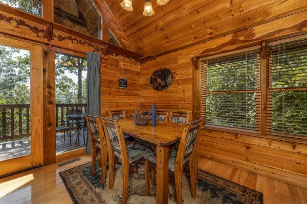 Photo of a Gatlinburg Cabin named Private Indulgences - This is the third photo in the set.