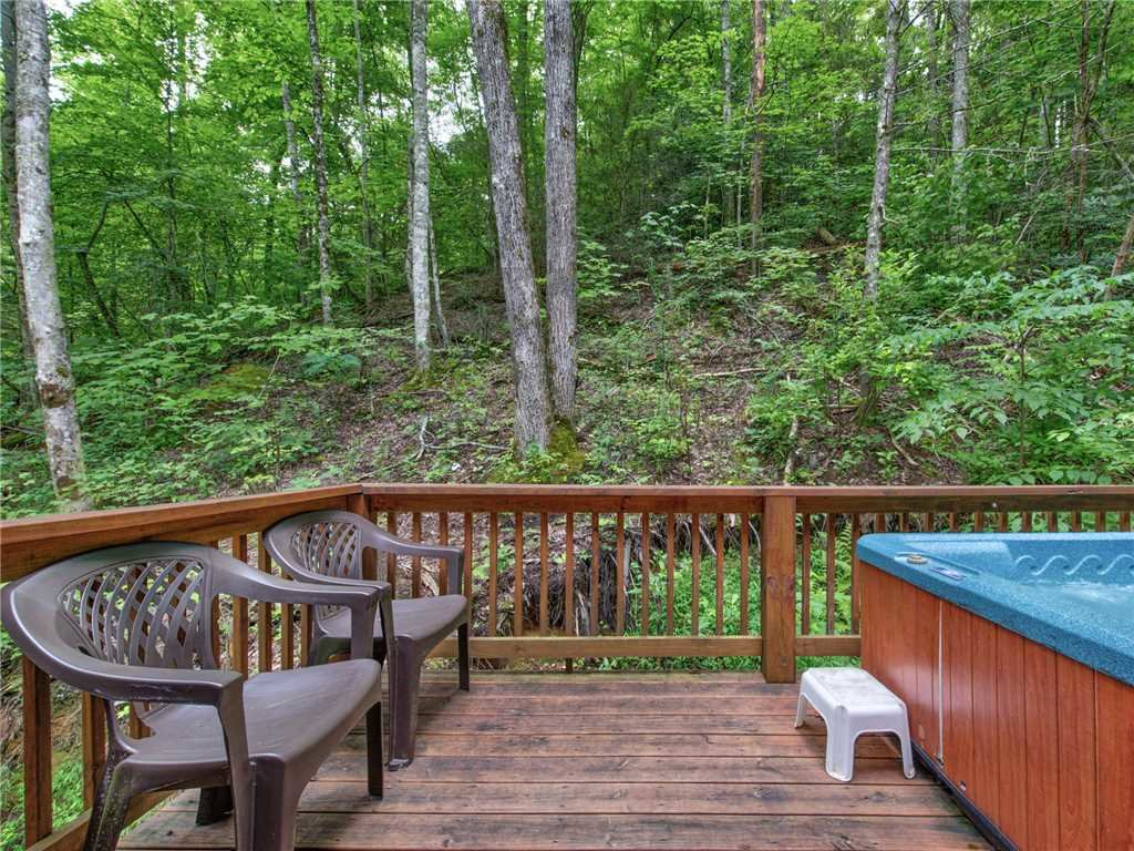 Photo of a Gatlinburg Cabin named Simpler Times - This is the nineteenth photo in the set.