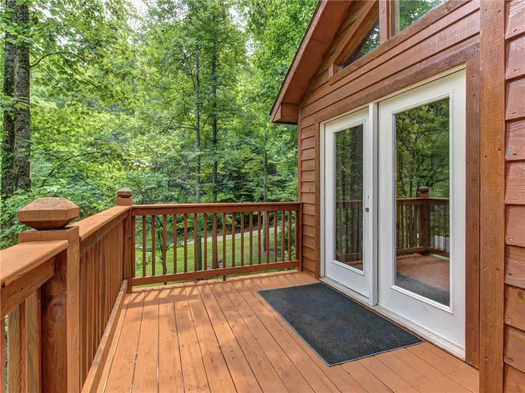 Photo of a Gatlinburg Cabin named Simpler Times - This is the eighteenth photo in the set.