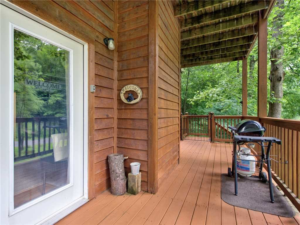 Photo of a Gatlinburg Cabin named Simpler Times - This is the twenty-first photo in the set.