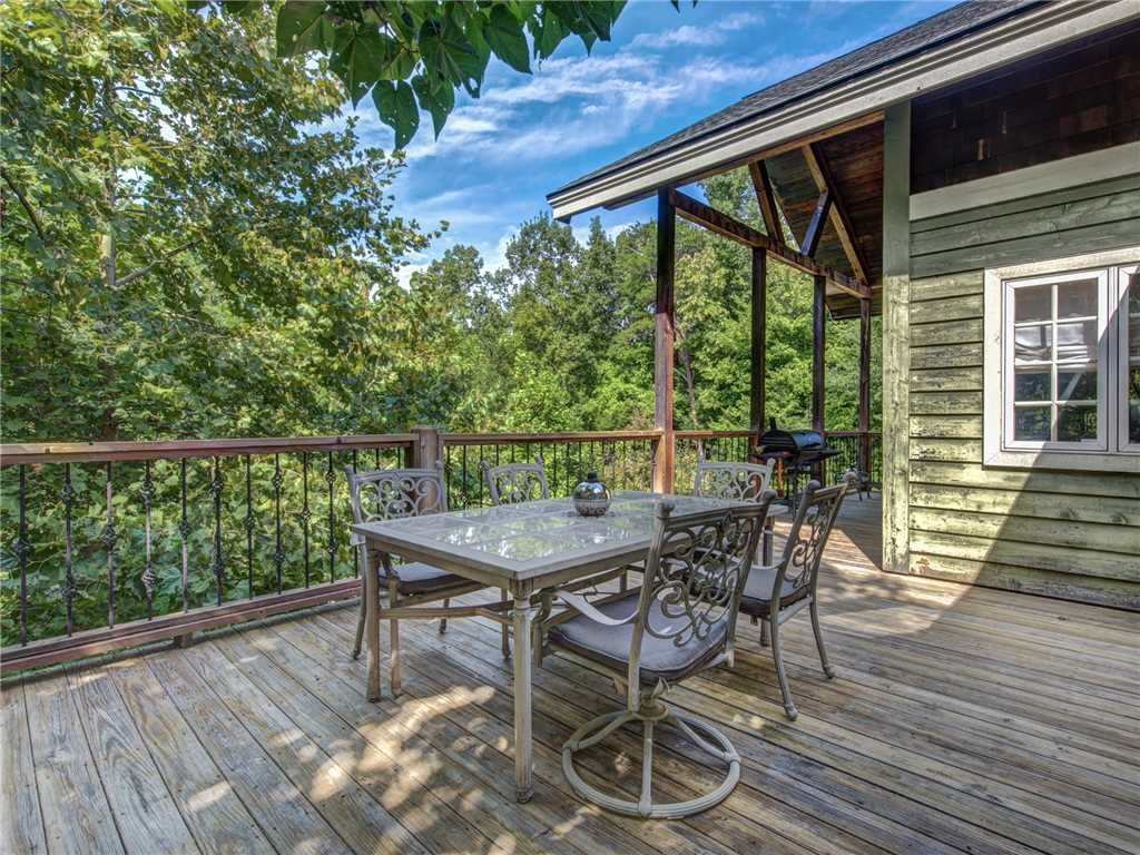 Photo of a Gatlinburg Cabin named Catch Of A Lifetime - This is the eighth photo in the set.