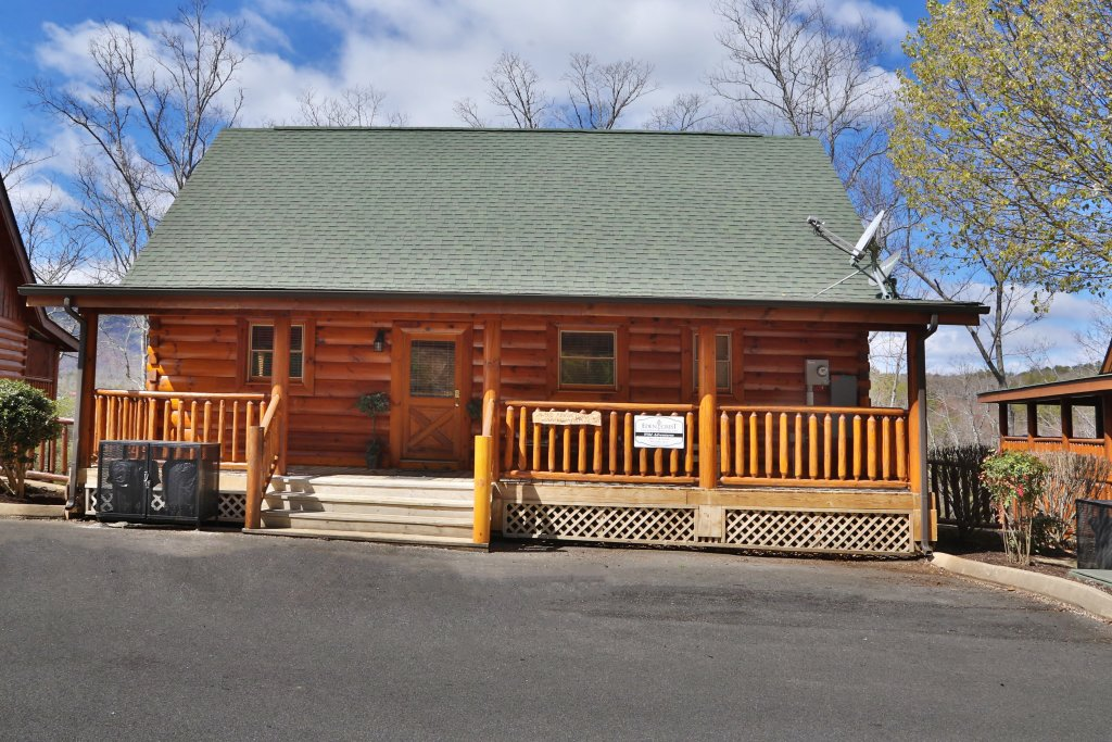 Photo of a Sevierville Cabin named Wild Adventures - This is the twentieth photo in the set.