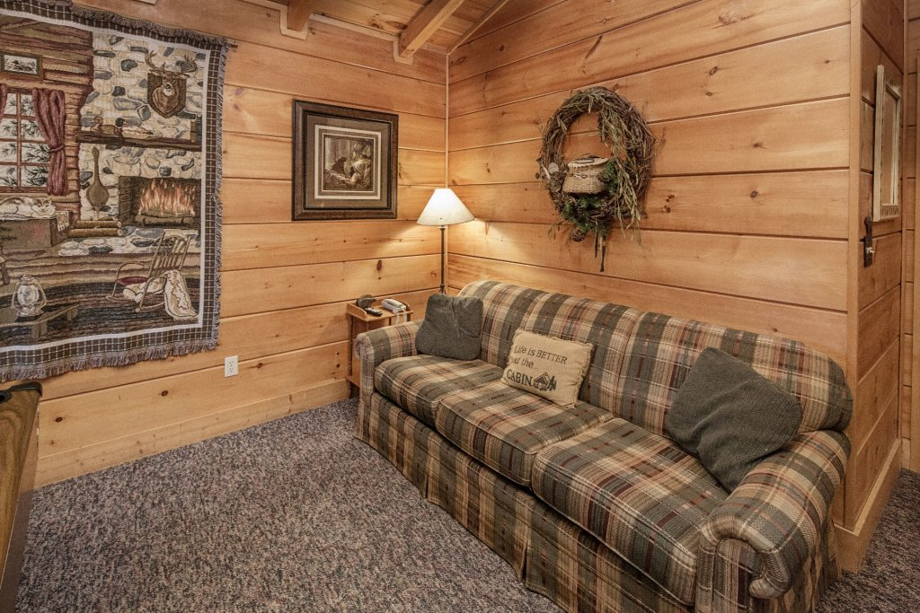 Photo of a Pigeon Forge Cabin named  Almost Heaven - This is the eleventh photo in the set.